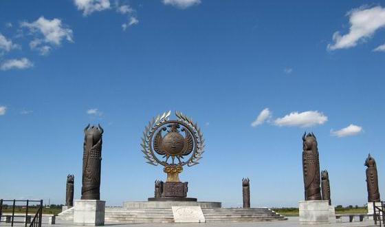 景点 防洪纪念塔是 为纪念哈尔滨市人民战胜1957年的特大 洪水,于