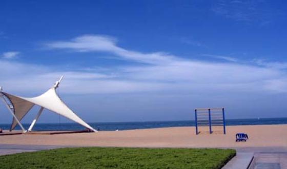 灯塔风景区灯塔旅游风景区有海岸线2公里