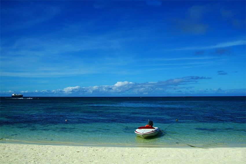 最佳旅游时间塞班岛属于亚热带海洋性气候,全年阳光充沛,四季温暖如夏