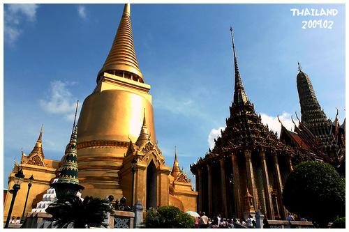 为泰国曼谷王族供奉玉佛和